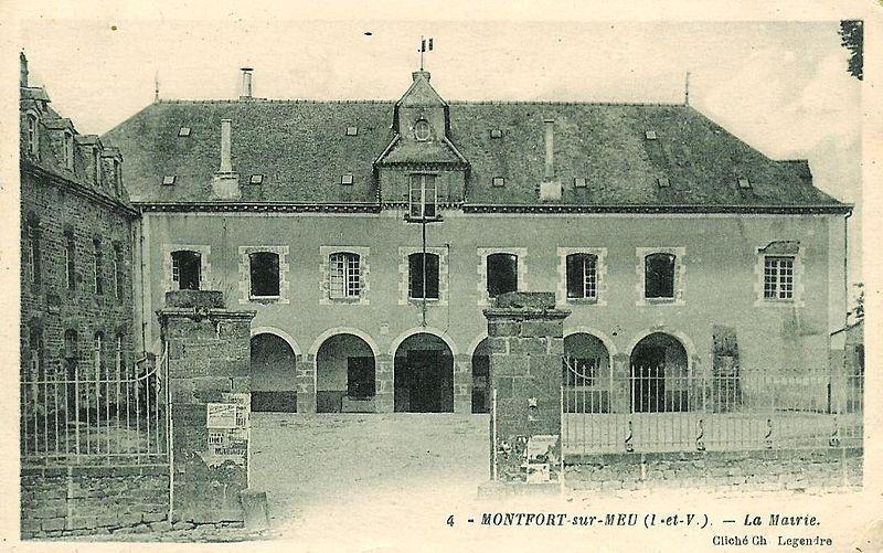 Mairie ancien couvent des ursulines montfort sur meu for Piscine montfort sur meu