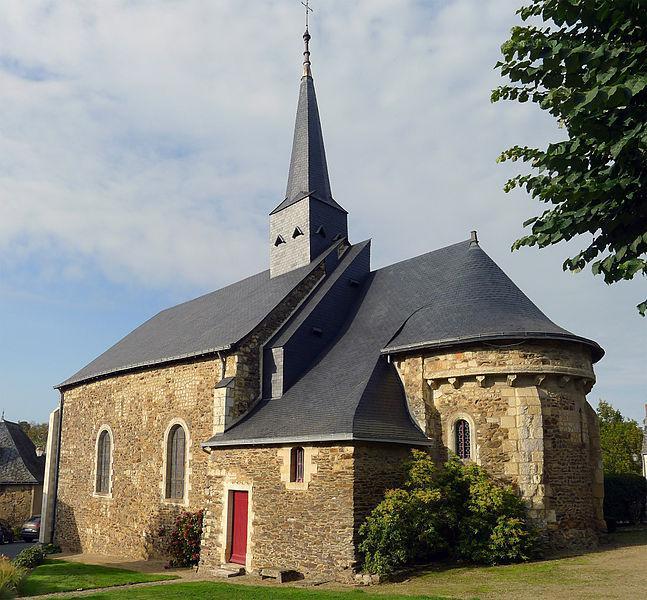 Église Saint-Pierre de Chenillé-Changé