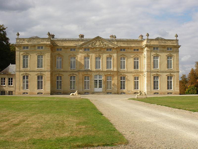 Chateau de Bourg St Leonard