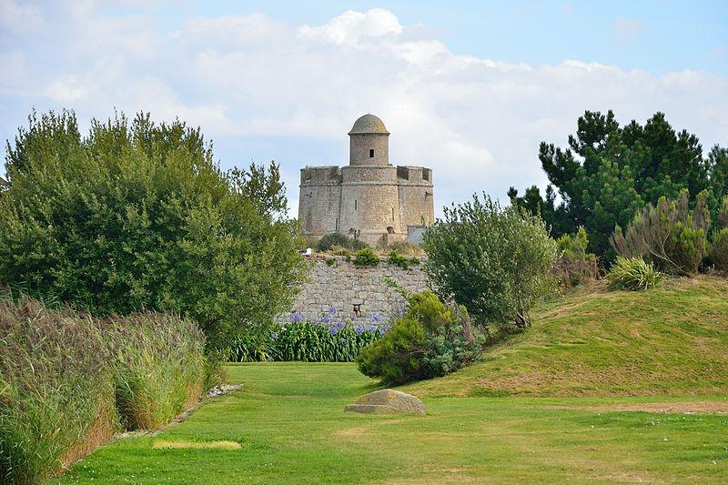 Jardin maritime de l 39 le tatihou saint vaast la hougue for Au jardin de la tour