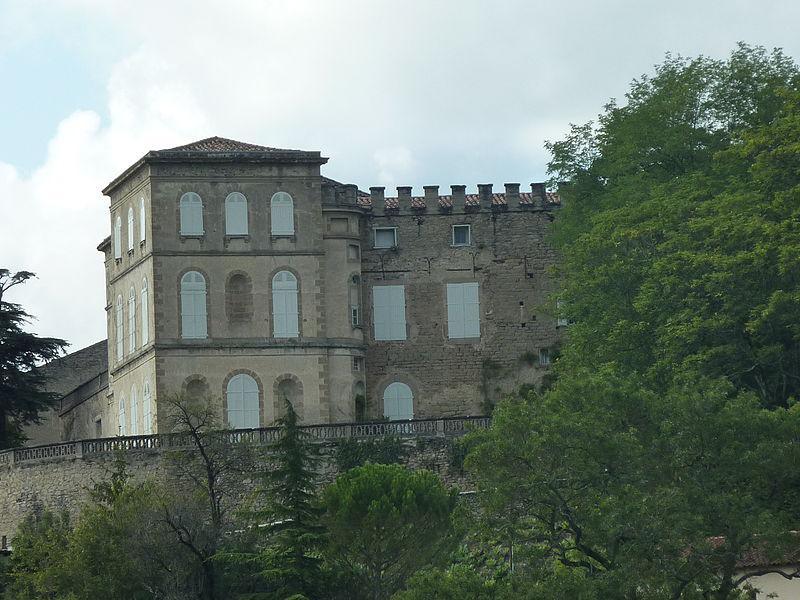 Château de Viviers-lès-montagnes