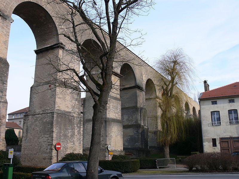 Aqueduc Jouy-aux-Arches