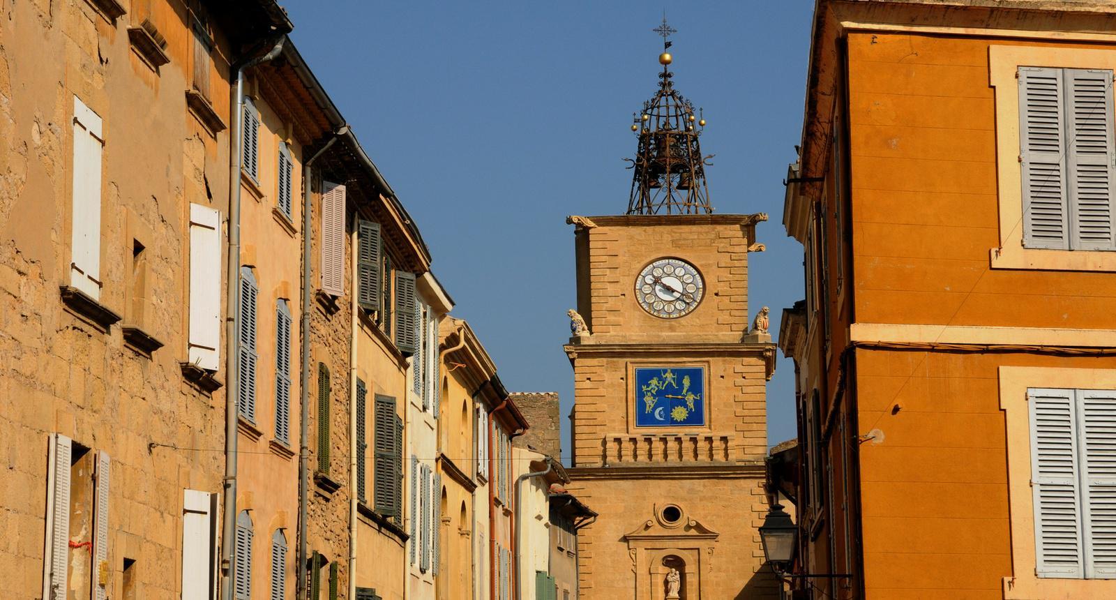 Photo la tour de l horloge salon de provence 189686 for Porte de l horloge salon de provence