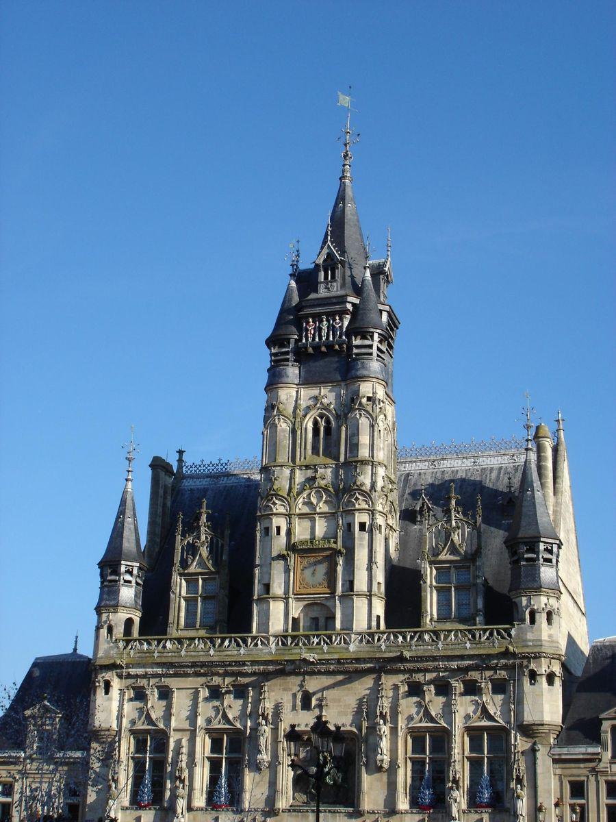 La place de l'Hôtel de ville_Compiègne