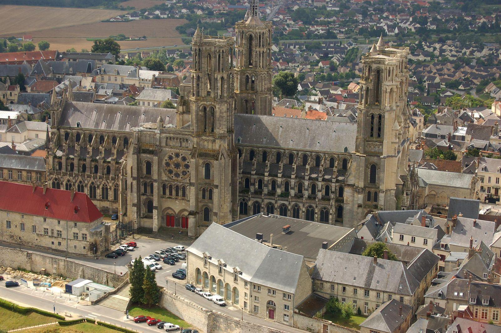 la Cathédrale Notre-Dame_Laon