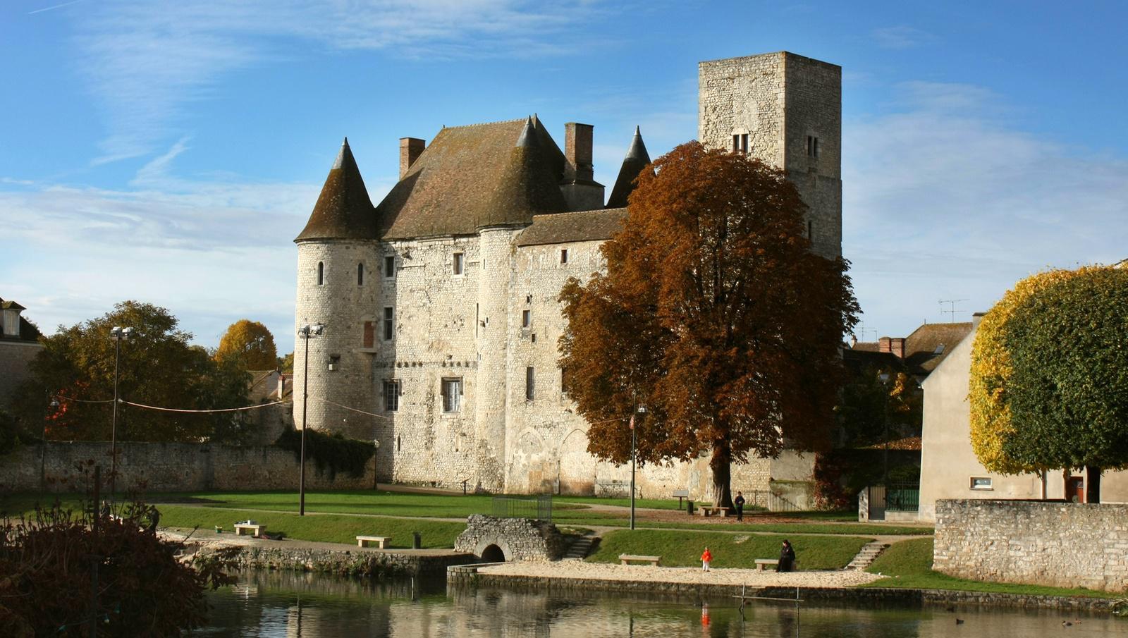 Nemours, le château
