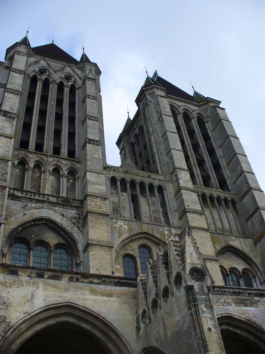 Cathédrale Notre-Dame_Noyon (1)