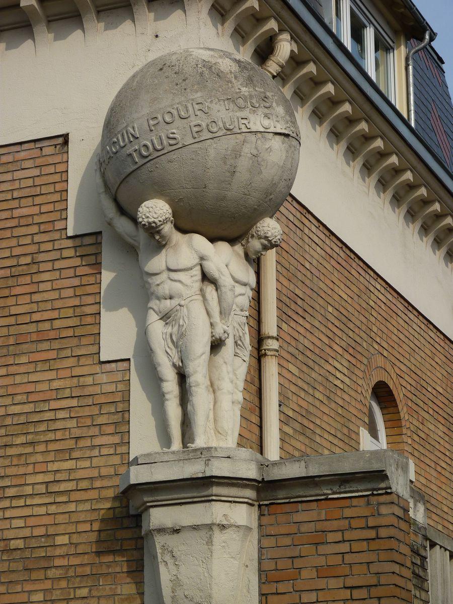 Villes remarquables et beaux villages de france aisne 02 for Rencontre 02 saint quentin