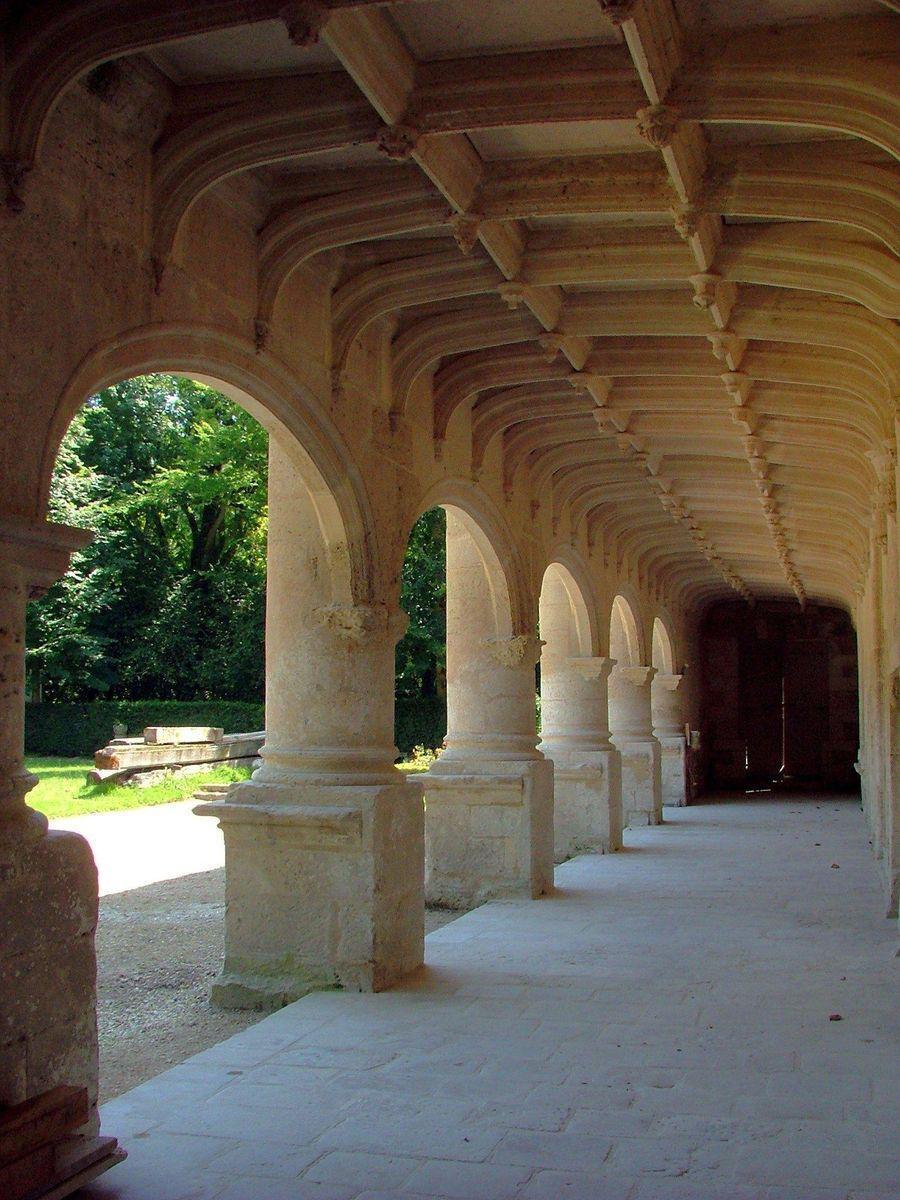 Château_Dampierre sur Boutonne (1)