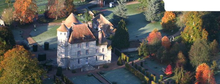 Image : Château de Vascoeuil - Centre d'Art, Jardins et Parc de sculptures modernes - Musée J. Michelet