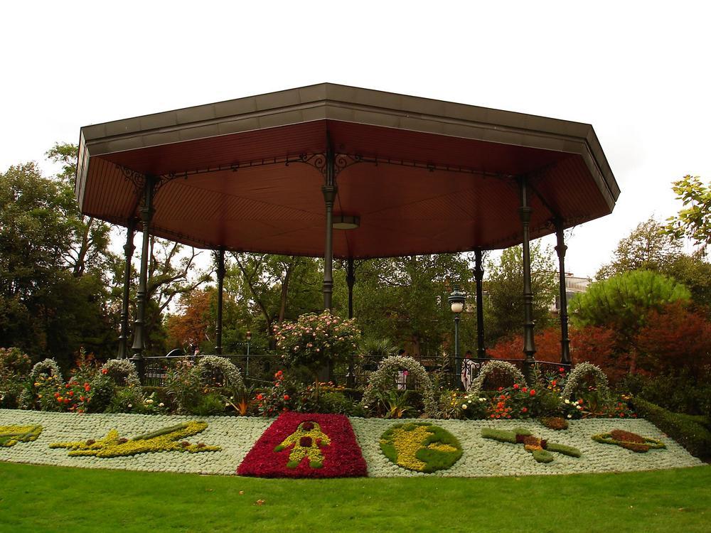Guide de tourisme par commune toulouse 31 parcs jardin for Boulingrin jardin