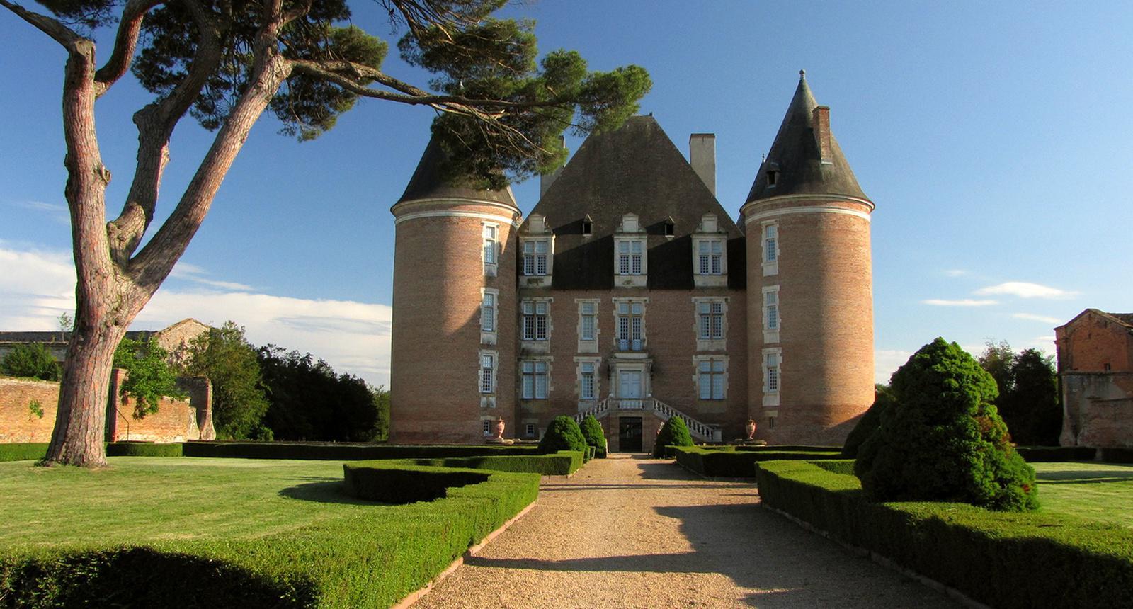 Saint-Elix-le-Château