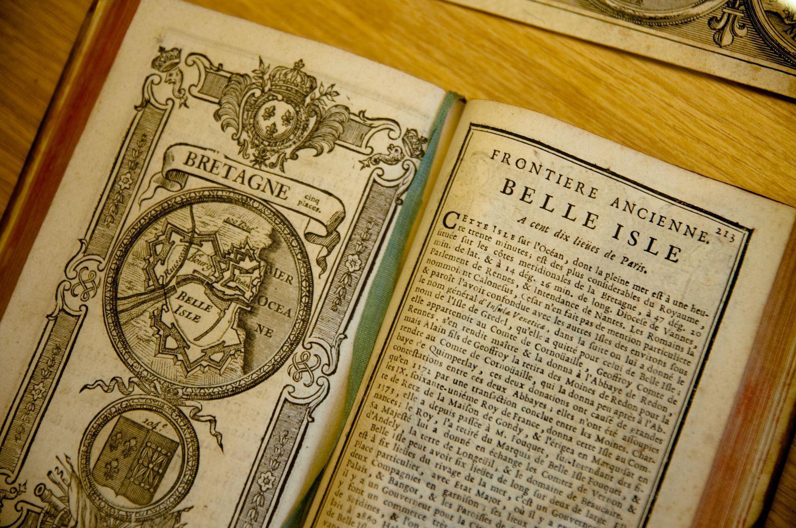 Livre ancien_Belle-Île