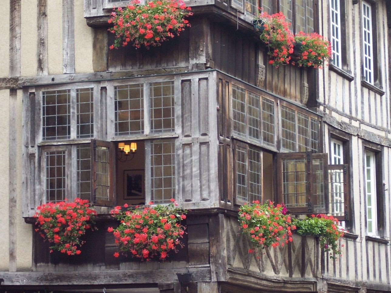 Place des Merciers_Dinan