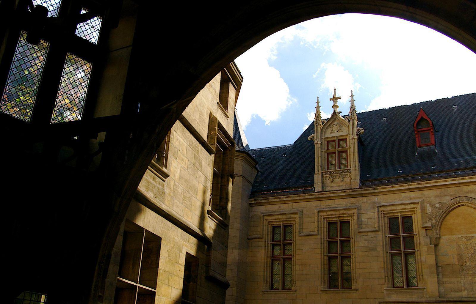 Hotel de Sens_Paris (1)
