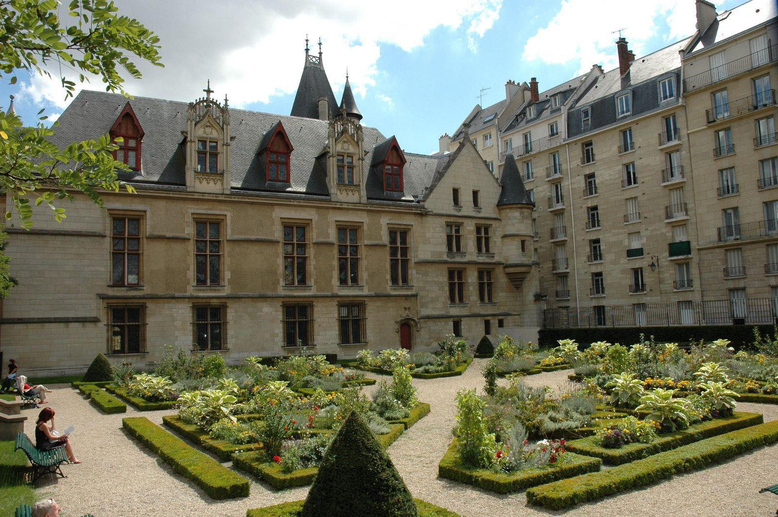 Hotel de Sens_Paris (2)