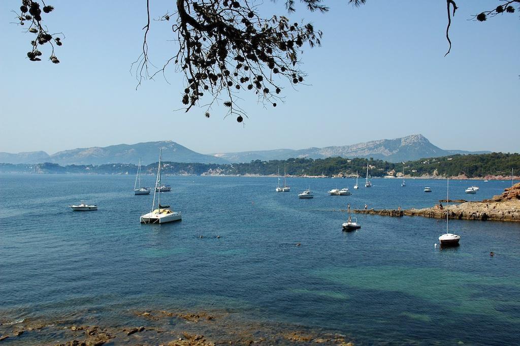 Port des Oursinieres_Pradet