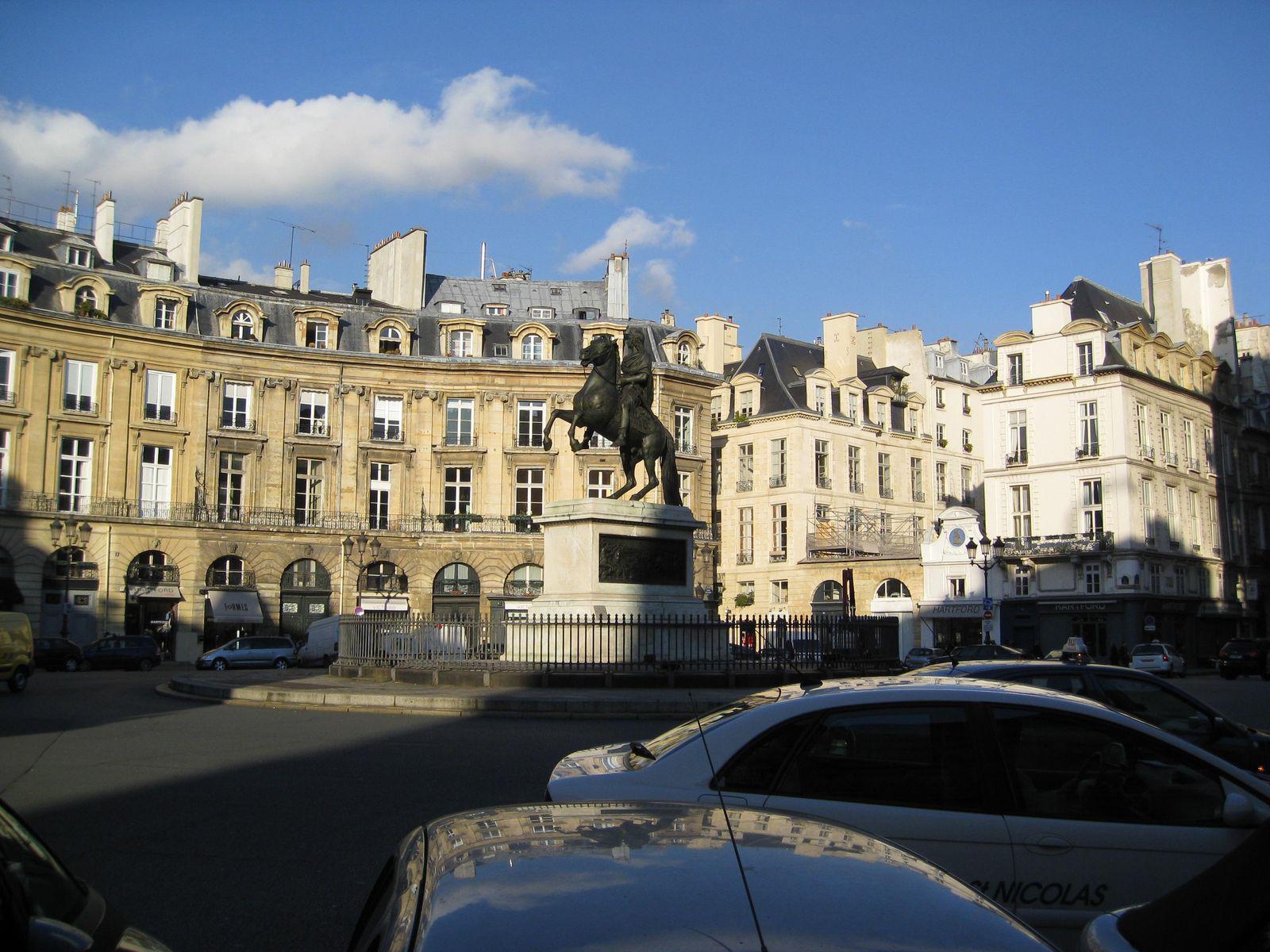 Place des Victoires_Paris (1)