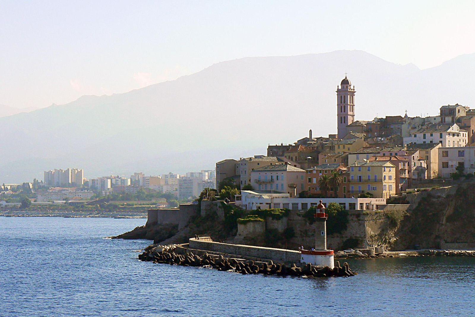 Bastia (4)