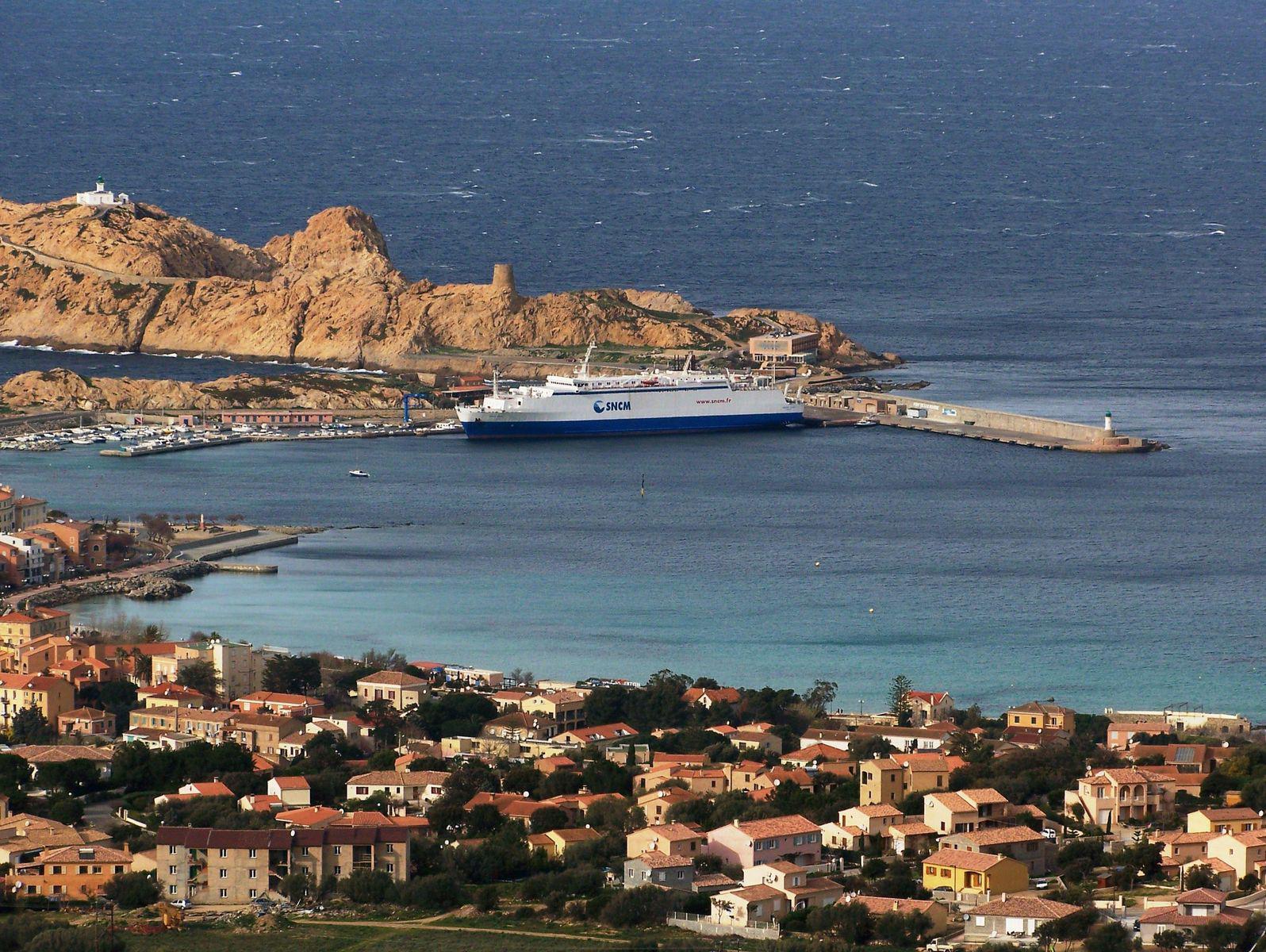 Île-Rousse_L'Île-Rousse