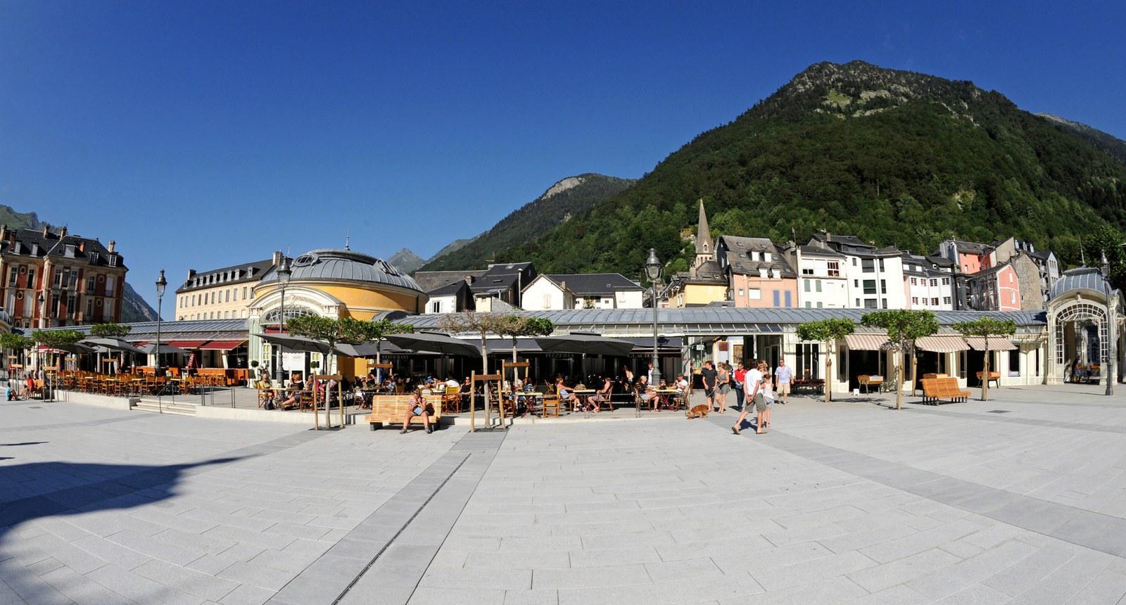 Place de Cauterets