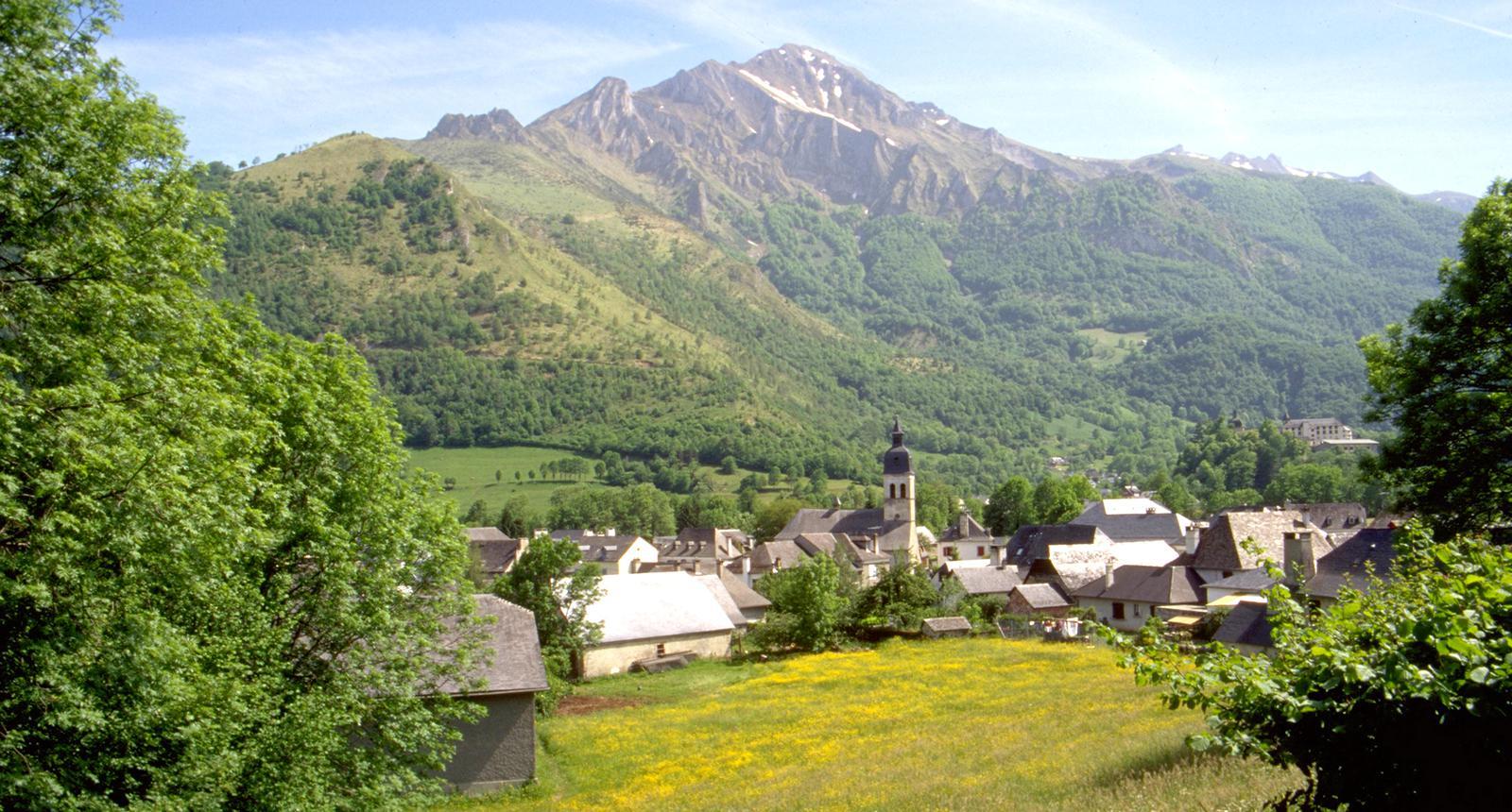 Le village d'Arrens