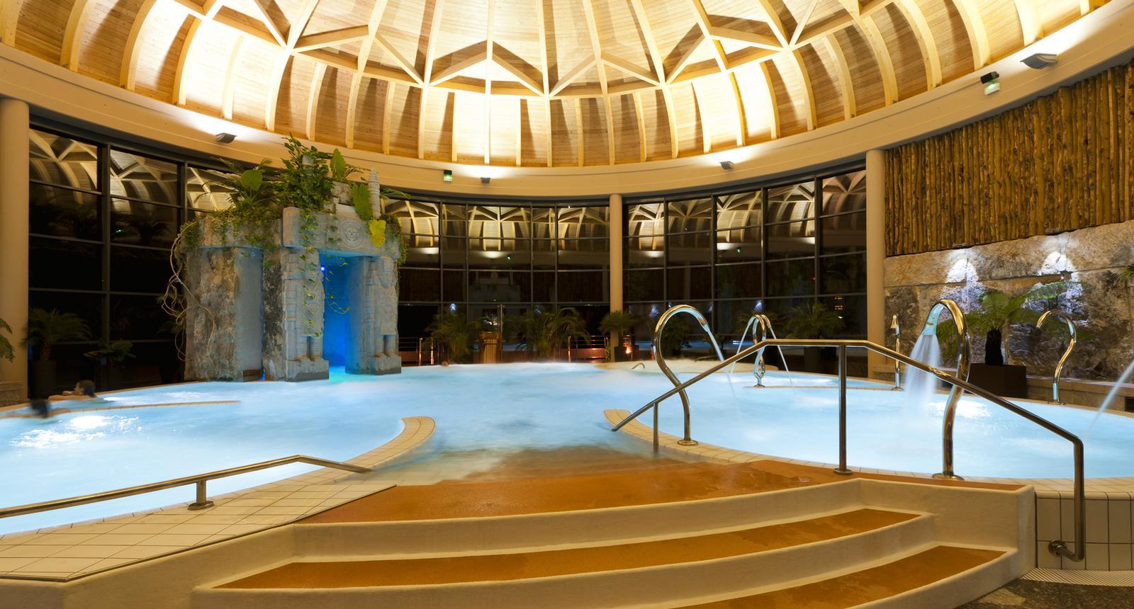 Centre thermoludique Le Jardin des Bains à Argelès-Gazost