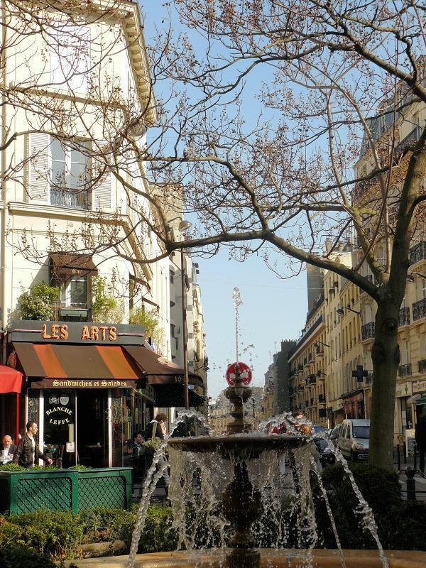 Place de la Contrescarpe_Paris (1)