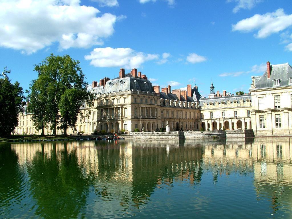 Fontainebleau (1)