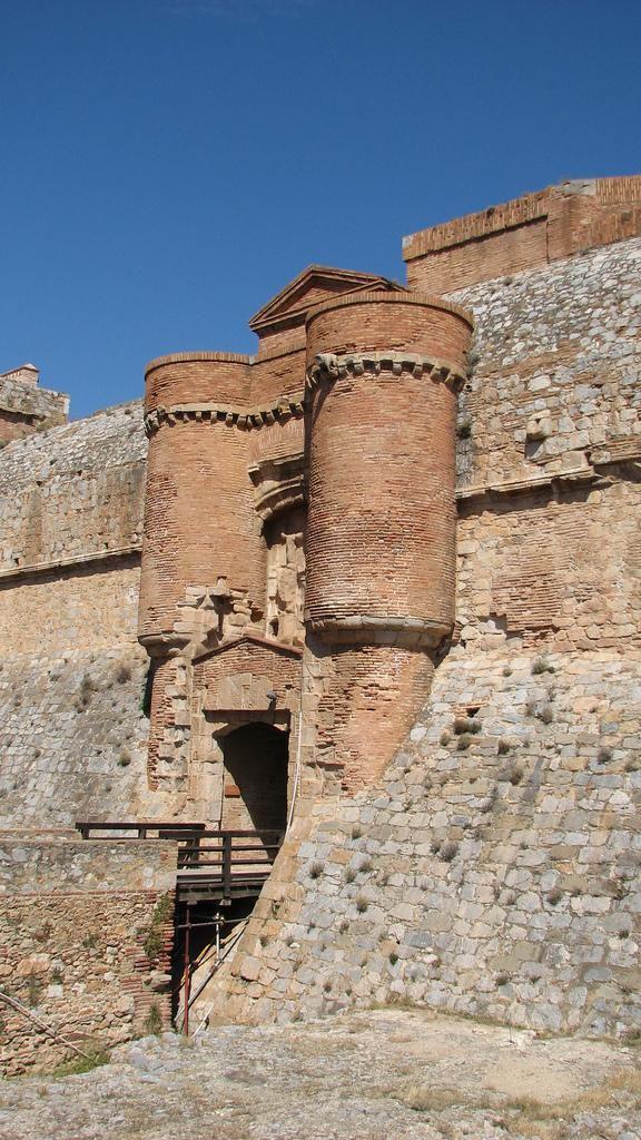 Forteresse de Salses_Salses-le-Château (1)