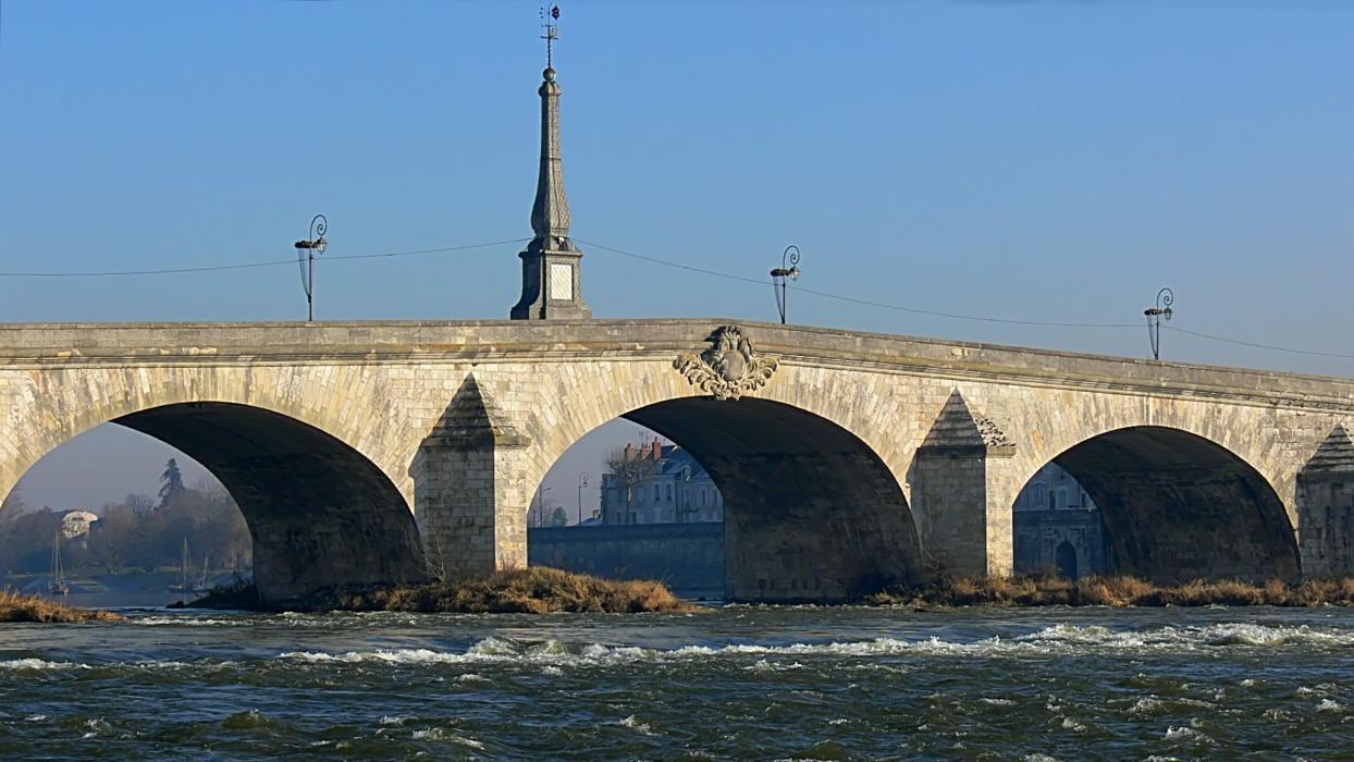Pont Jacques Gabriel_Blois