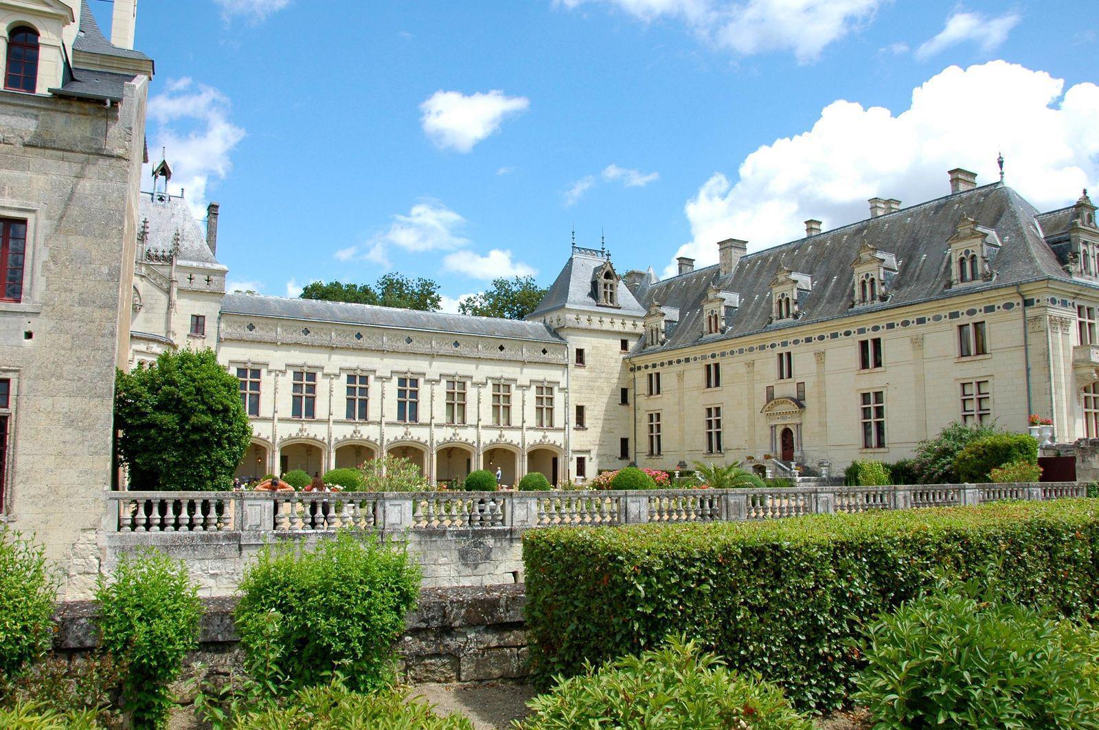 Château_Brézé (1)