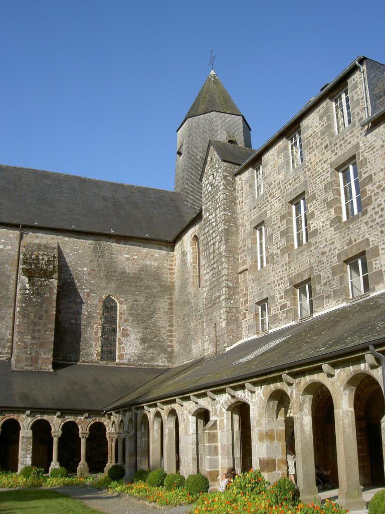 Abbaye Blanche_Mortain