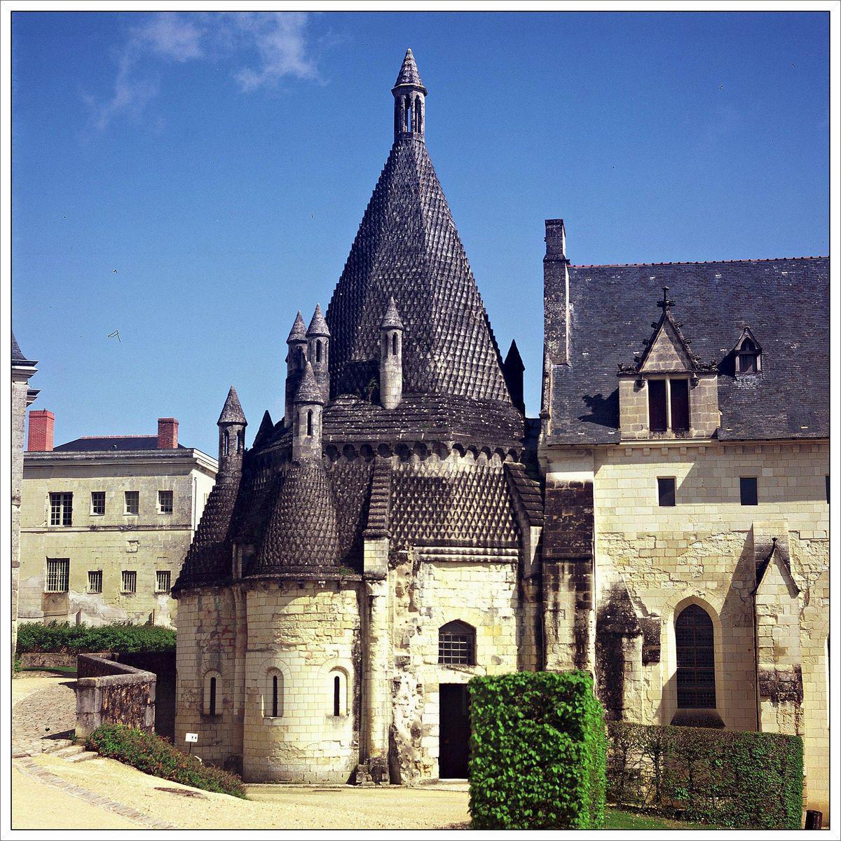 ABBAYE ROYALE DE FONTEVRAUD_Fontevraud-l'Abbaye (1)