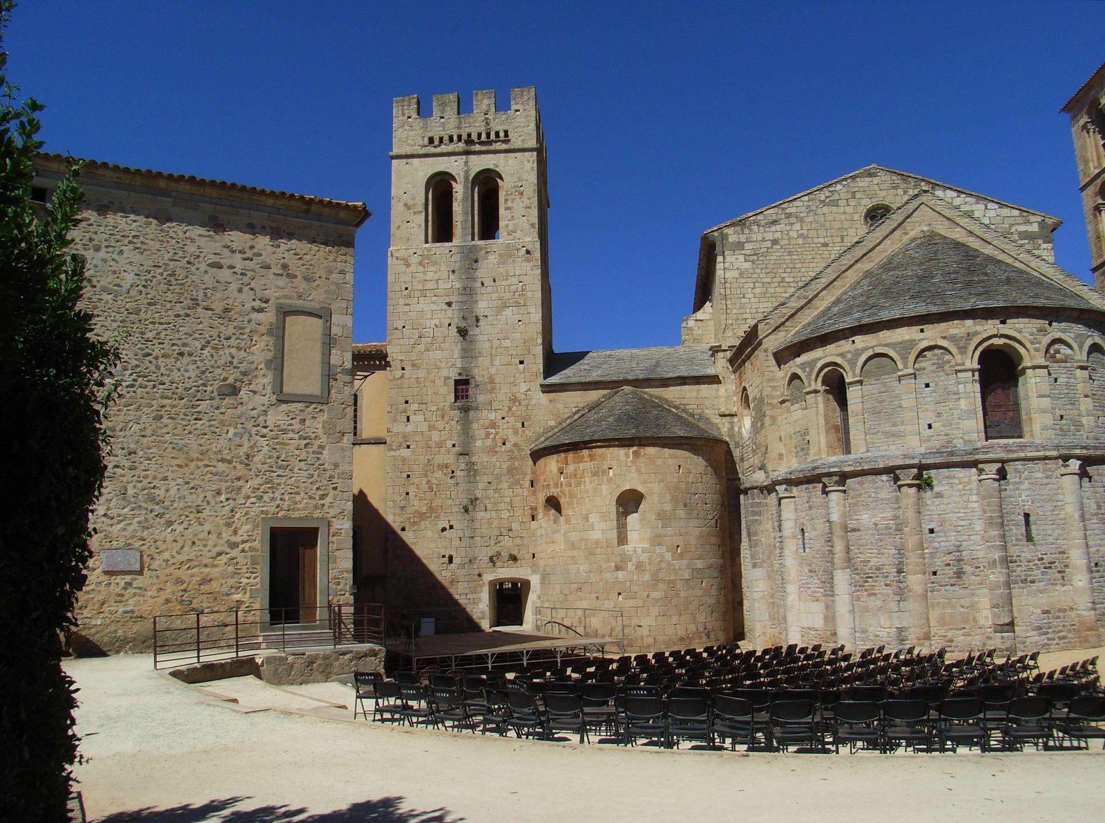 Abbaye Saint-Pierre et Saint-Paul de Caunes-Minervois_Caunes