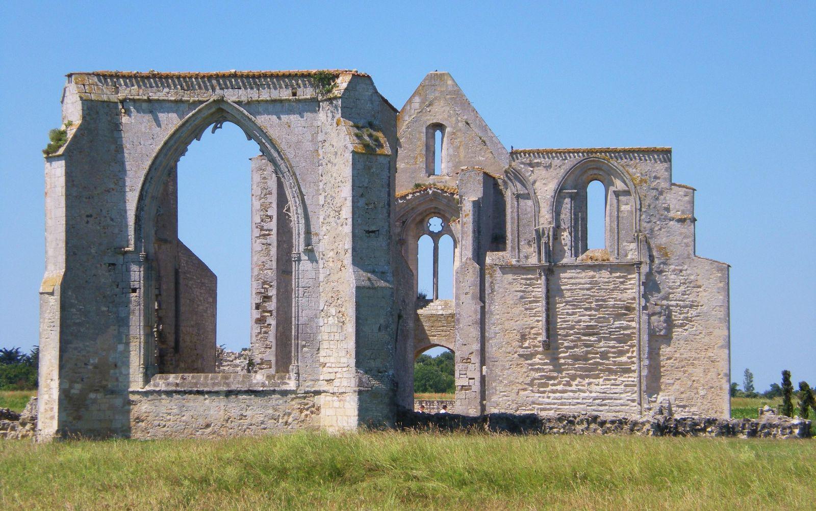 Ancienne abbaye des Châteliers_La Flotte (1)