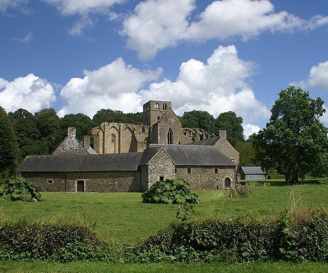 Autour de Abbaye d'Hambye_Hambye