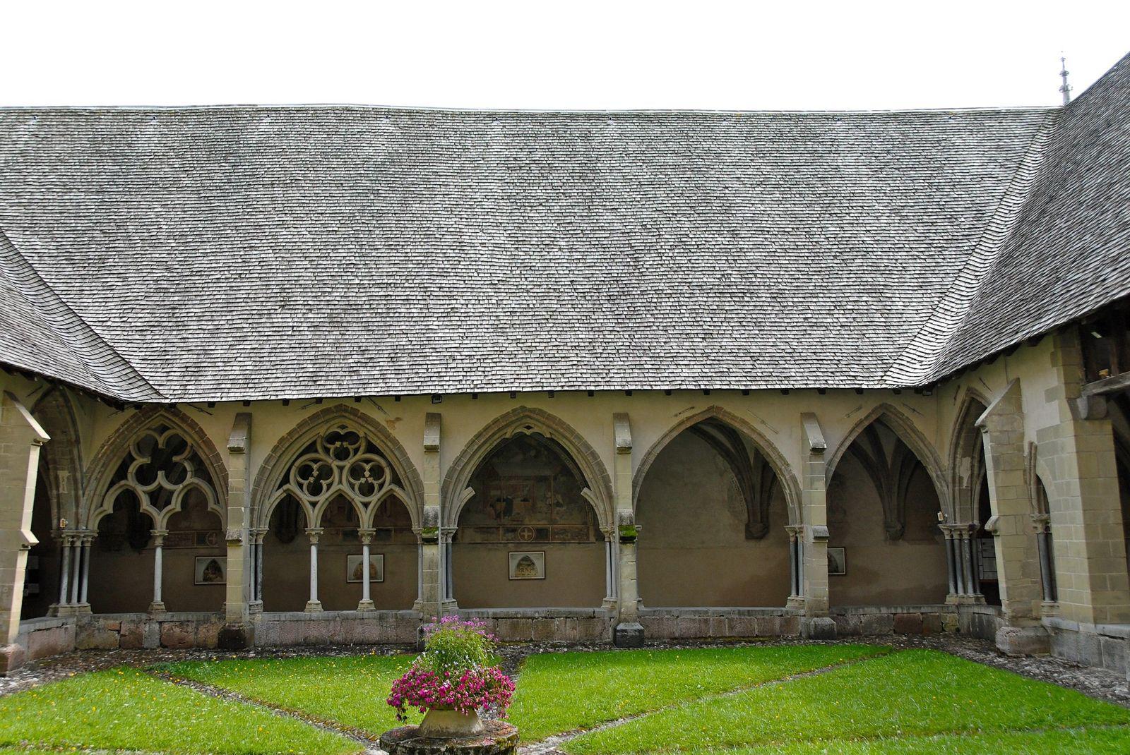 Cloître de Abbaye_Abondance (1)