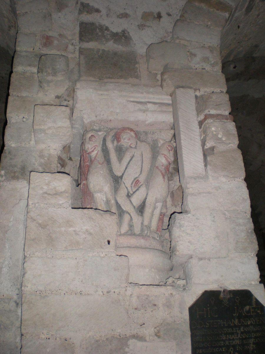 Collégiale et Crypte avec fresques_Saint-Aignan (1)