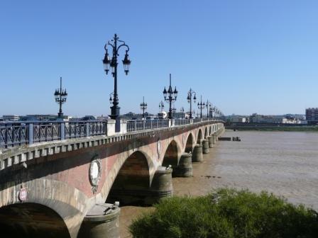 Pont de Pierre_Bordeaux