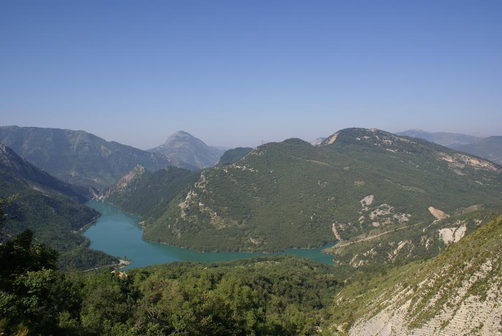 lac de Chaudanne_Saint-Julien-du-Verdon