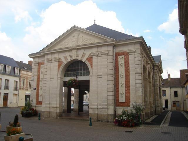 Halles_Beaumont-sur-Sarthe