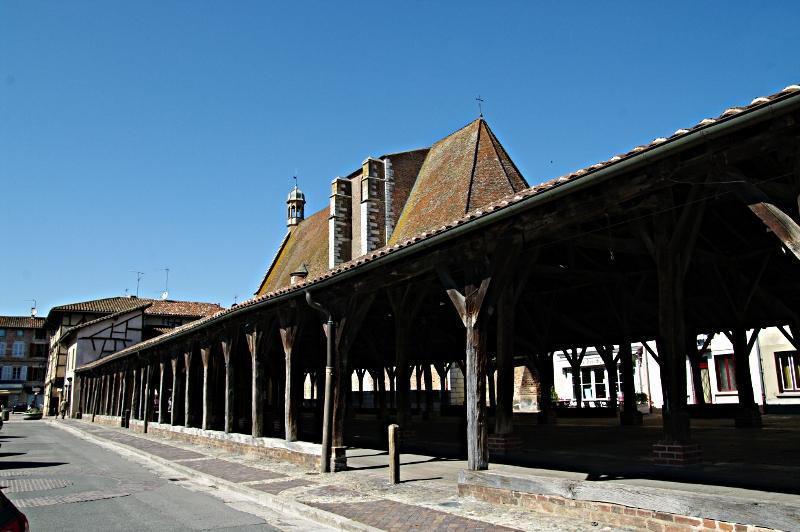 Halles_Châtillon-sur-Chalaronne