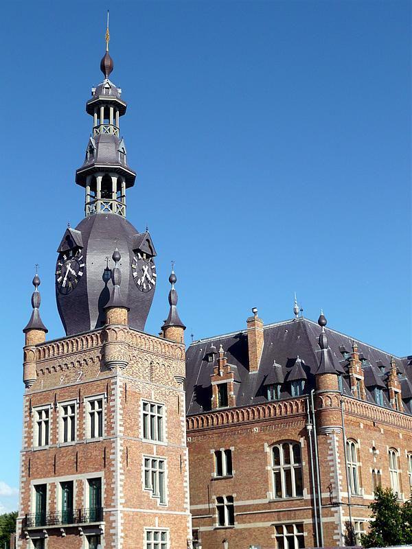 Hôtel de ville et Beffroi de Comines_Comines