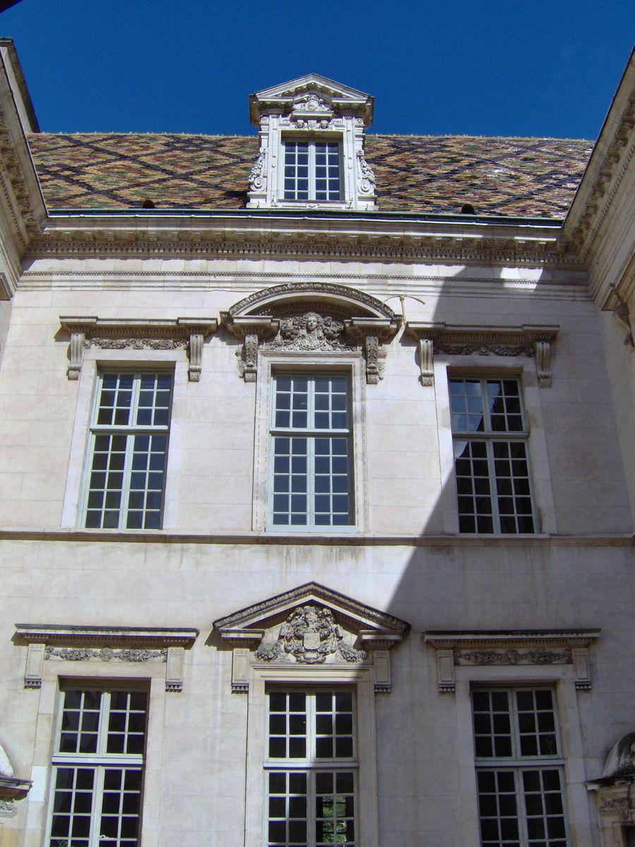 Hôtel de Vogüé_Dijon (1)