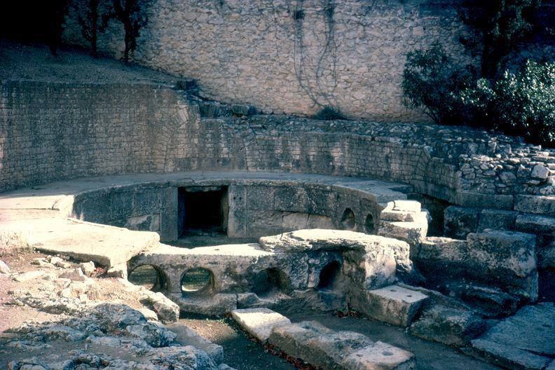 LE CASTELLUM_Nîmes
