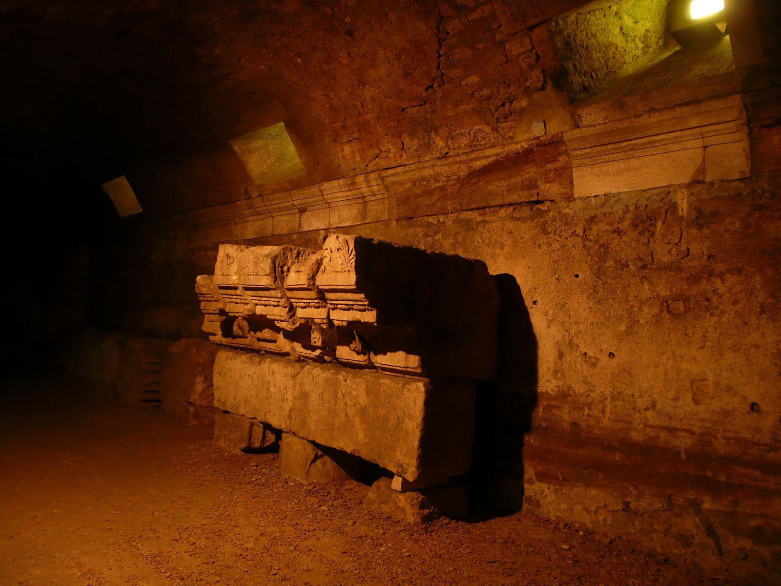 Les cryptoportiques du Forum_Arles