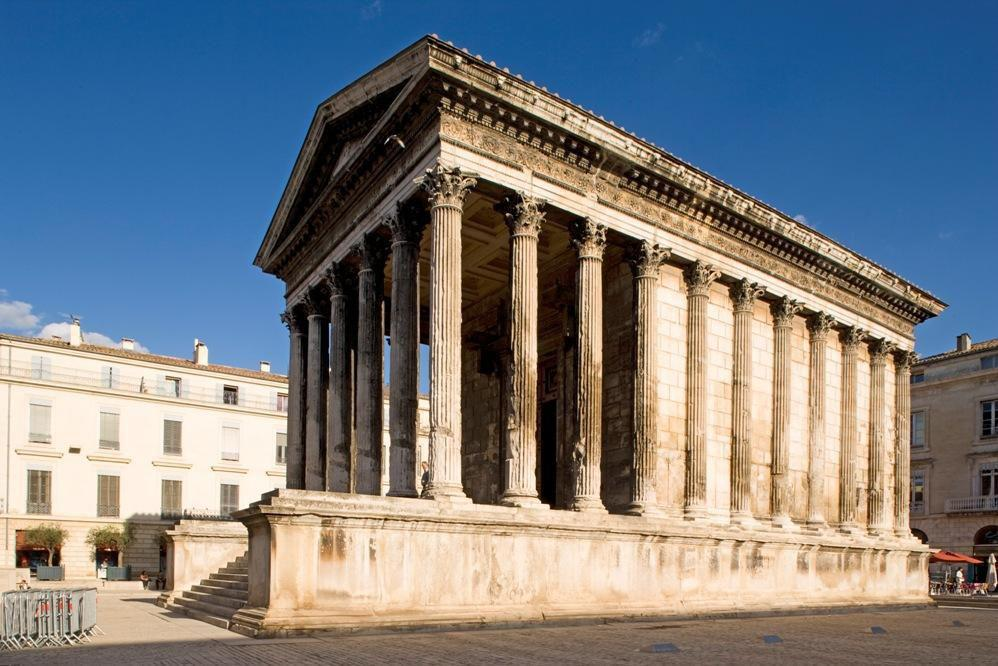 Maison CARRÉE_Nîmes (1)