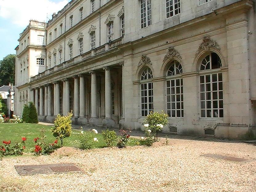 Palais du Gouverneur_Nancy (1)