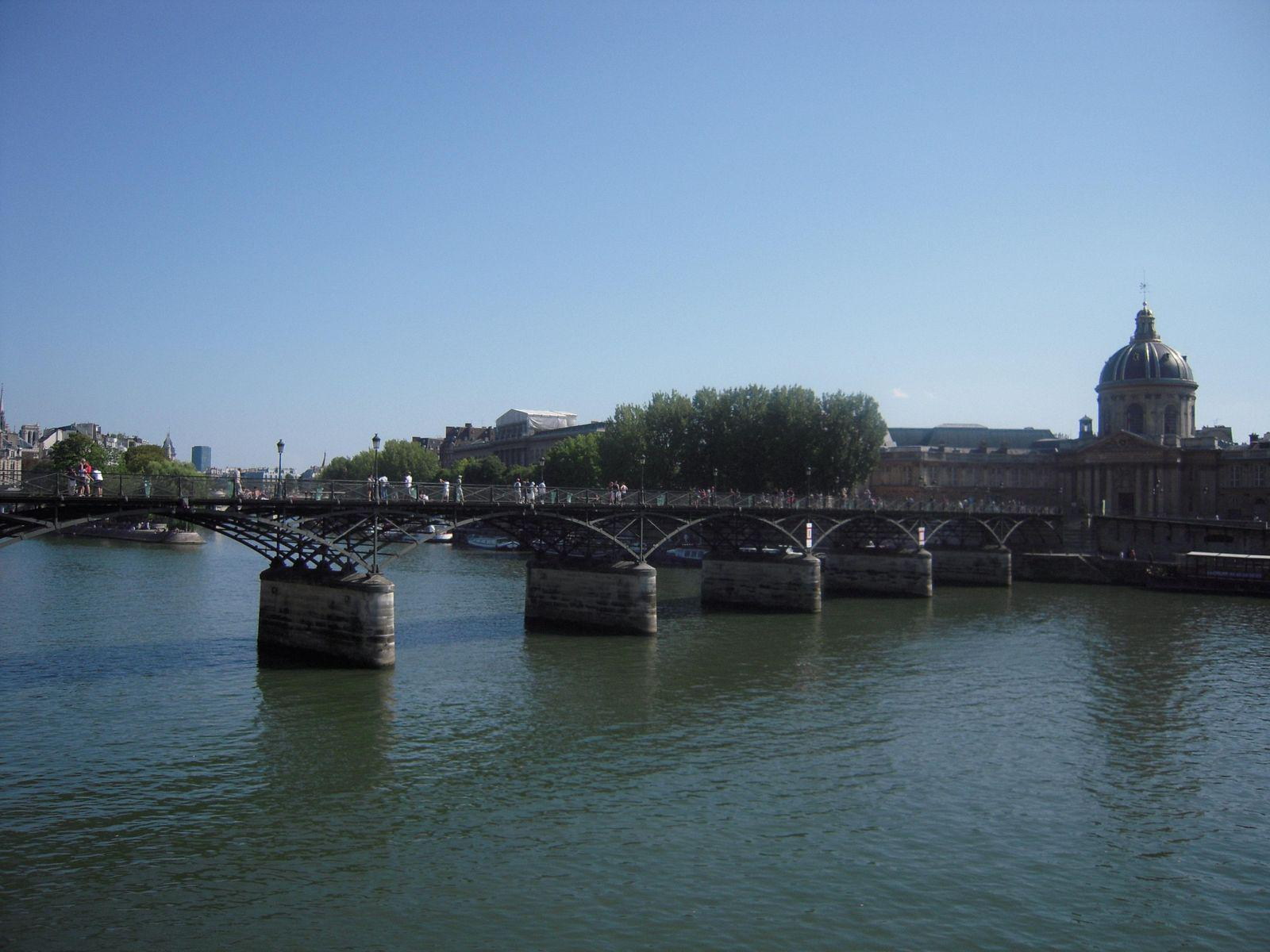 PASSERELLE DES ARTS_Paris